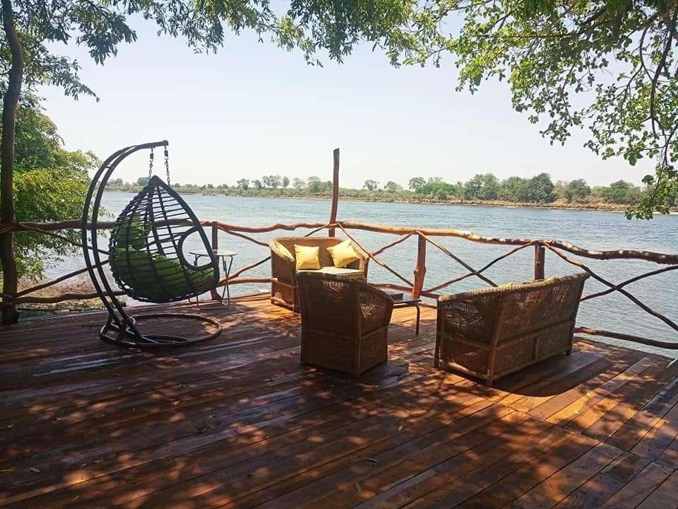 pakasangano lodge zambesi river zambia view
