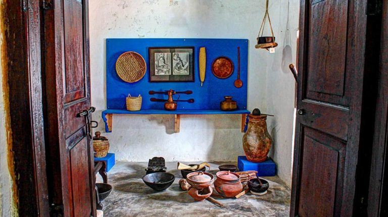 lamu old town museum lamu town kenya (1)