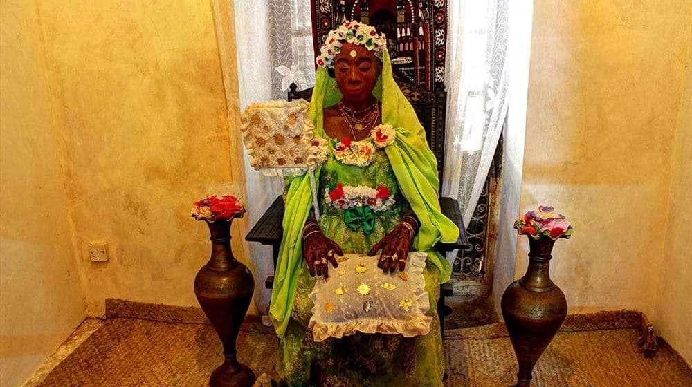 lamu old town museum lamu town kenya (12) swahili bride