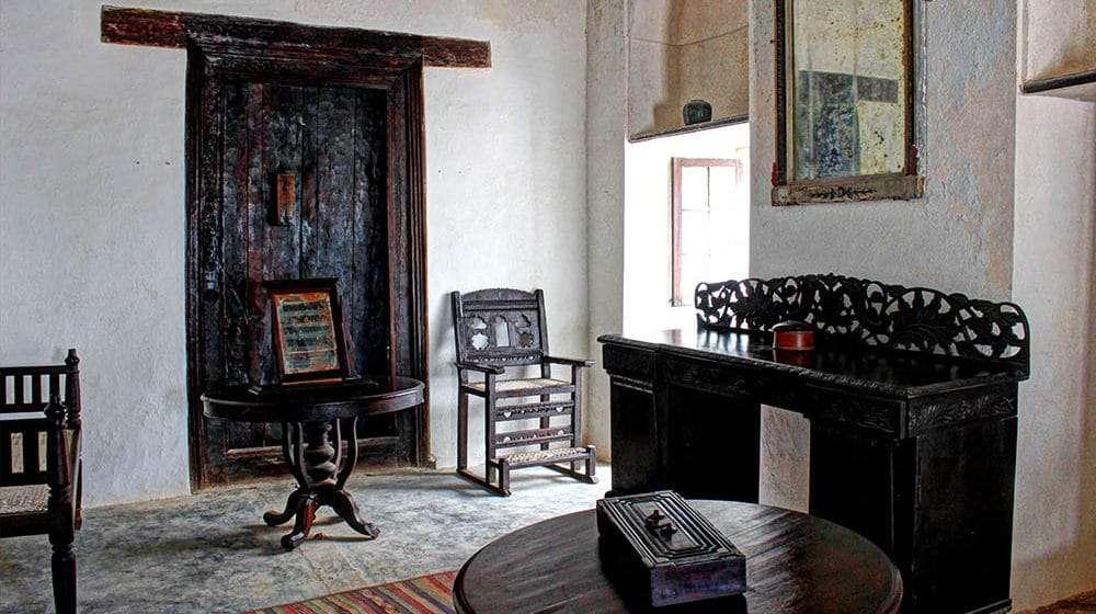lamu old town museum lamu town kenya (7)