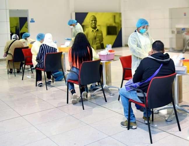 emirates test passengers covid-19 coronavirus (3)