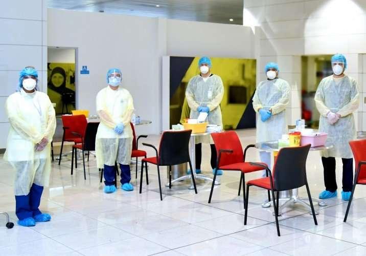 emirates test passengers covid-19 coronavirus (4)